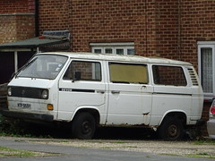 1980 Volkswagen Transporter Camper Van (Neil's classics) Tags: 1980 volkswagen transporter camper van t3 t25 vw camping motorhome autosleeper motorcaravan rv caravanette kombi mobilehome dormobile abandoned