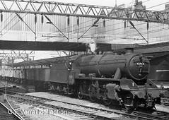 42963 working a freight through Crewe station (pondhopper1) Tags: monochrome 42963 260 steam railways lms londonmidlandandscottishrailway crewe