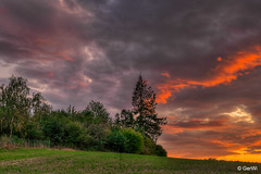 Abendhimmel (GerWi) Tags: sunset sonnenuntergang himmel clouds sky wolken feuer abendhimmel abend farben fz1000 weitwinkel