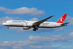 TC-LLC | Turkish Airlines | Boeing 787-9 Dreamliner | LHR/EGLL (Tushka154) Tags: boeing unitedkingdom tcllc london turkishairlines 7879 787 heathrow spotter 787dreamliner aircraft airplane avgeek aviation aviationphotography boeing787 boeing787dreamliner dreamliner planespotter planespotting spotting turkish uk