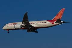 Air India Boeing 787-8VT-ANS (giorgiosecci) Tags: aviation boeing 787 airplane airport aircraft landing spotting
