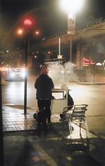 noche fría de julio (sad submarine) Tags: night noche kodak 35mm film filmisnotdead rollo revelado fog foggy chile santiago