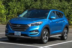 2018 Hyundai Tucson (mlokren) Tags: car spotting photo photography photos pic picture pics pictures pacific northwest pnw pacnw oregon usa vehicle vehicles vehicular automobile automobiles automotive transportation outdoor outdoors 2018 hyundai tucson suv cuv crossover blue