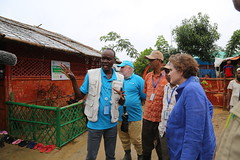 Alice Albright visits Cox's Bazar, Bangladesh. September 2019 (Global Partnership for Education - GPE) Tags: gpe globalpartnershipforeducation bangladesh coxsbazar rohingya refugees camps learningcenter schools refugeeeducation primaryeducation children alicealbright unicef