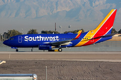 Southwest Airlines | Boeing 737-700 | N712SW | Las Vegas McCarran (Dennis HKG) Tags: aircraft airplane airport plane planespotting canon 7d 100400 lasvegas mccarran klas las southwest southwestairlines swa wn boeing 737 737700 boeing737 boeing737700 n712sw