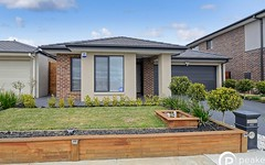 42 Chambers Crescent, Cranbourne North VIC