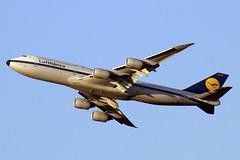 D-ABYT (JBoulin94) Tags: dabyt lufthansa boeing 7478 retrojet retro washington dulles international airport iad kiad usa virginia va john boulin