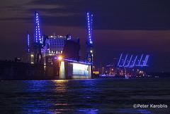 Hamburg Blue Port 2019 (peterkaroblis) Tags: hamburg blue blau blueport cruisedays blohmvoss werft shipyard kran crane