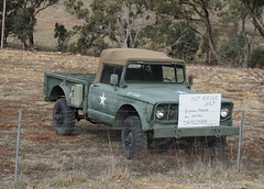 1967 Kiaser Jeep For Sale in a Canberra paddock (spelio) Tags: cbrregion act canberra sep 2019