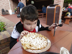 Florida Day 17 - 029 Magic Kingdom Sleepy Hollow Refreshments Funnel Cake (TravelShorts) Tags: wdw walt disney world florida orlando magic kingdom disneys hollywood studios meet characters character greet meeting tinkerbelle tinker belle mickey mouse theatre town square funnel cake food dining caseys corner hot dog sofia first vampirina doc mcstuffins star wars bb8 galaxy far away one mans dream toy story land slinky dash andys lunchbox cinderellas royal table snow white ariel jasmine aurora happily ever after fireworks travel travelshorts day 17
