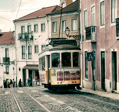 Lisbon Cable Car (scuthography) Tags: lisbon cablecar tram tramway trolley electrictramway street old lissabon lisboa track scuthography