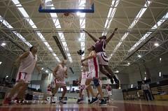 _DSC8562 (Rodo López. Fotero... instantes en un clic) Tags: baloncesto baloncestobembibre basketball bembibrearena bembibre memorial