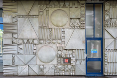 Mural, The Skyline Plaza Building, 80 Commercial Road (James D Evans - Architectural Photographer) Tags: theskylineplazabuilding aldgate architectural architecturalphotography architecture art brutalist building buildings builtenvironment commercialroad constructed constructions docoshouse london mural structure thebuiltenvironment towerhamlets urban