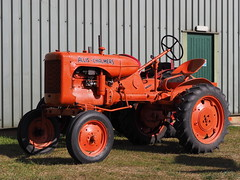 Allis-Chalmers tractor (Megashorts) Tags: oldwarden bedfordshire england uk shuttleworthcollection tractor orange history museum olympus omd em1 mzd shuttleworth 40150mm f28 pro 2019 allischalmers