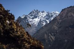 (toeytoeytoeytoeytoey) Tags: travel adventure trek trekking mountain mountains nature walk everest region himalaya himalayas asia nepal spring gokyo lake nepali sherpa culture mountaineering