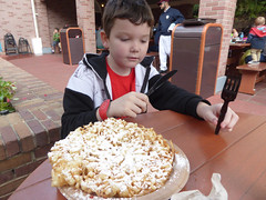 Florida Day 17 - 028 Magic Kingdom Sleepy Hollow Refreshments Funnel Cake (TravelShorts) Tags: wdw walt disney world florida orlando magic kingdom disneys hollywood studios meet characters character greet meeting tinkerbelle tinker belle mickey mouse theatre town square funnel cake food dining caseys corner hot dog sofia first vampirina doc mcstuffins star wars bb8 galaxy far away one mans dream toy story land slinky dash andys lunchbox cinderellas royal table snow white ariel jasmine aurora happily ever after fireworks travel travelshorts day 17