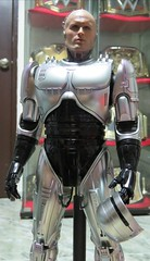 IMG_20190917_195810 (imranbecks) Tags: hot toys robocop mms202d04 mms202 mms movie masterpiece diecast peter weller alex murphy 16 scale collectible figure orion pictures mgm metrogoldwynmayer studio 1987 future law enforcement