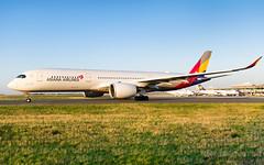 CDG | Asiana Airlines Airbus A350-900 XWB | HL8361 (Timothée Savouré) Tags: asiana airlines airbus a350 a350900 xwb a350xwb hl8361 paris cdg golden light lfpg