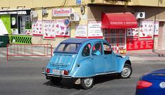 Phut, phut, phut... (stevenbrandist) Tags: spain espana holiday citroen 2cv car