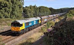 A Close-Run Thing At Dockfield. (Neil Harvey 156) Tags: railway 66789 britishrail19481997 dockfieldjunction shipley airevalley stonetrain 6m31 class66 brlargelogo gbrf