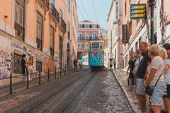 Untitled (Chang Tai Jyun) Tags: city colors europe fuji fujifilm porto portugal street streetphotography xt20 lisbon lisboa train