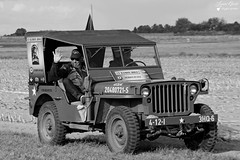 French Wing Commemorative Air Force (Laurent Quérité) Tags: canonef100400mmf4556lisusm canonfrance canoneos5dmarkii noirblanc blackwhite portrait homme man