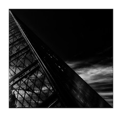 La diagonale de la Pyramide (Jean-Louis DUMAS) Tags: travel voyage trip louvre paris architectural architect architecture noir et blanc black white nb bw blackandwhite blackwhite blackwhitephotos noirblanc abstract abstrait abstraction noireblanc pyramide artistic art monochrome