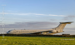 RAF Vickers VC-10K3 at a  nightshoot at Cornwall Aviation Heritage Centre (JetPhotos.co.uk) Tags: aircraft bobsharples cahc cornwallaviationheritagecentre newquay nightshoot thresholdaero airport planes wwwjetphotoscouk daynight twilight airfield photography photoshoot september 2019 raf vickers vc10k3 vc10 vickersarmstrong helston cornwall uk