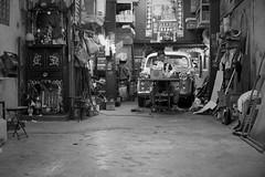 (a.pierre4840) Tags: olympus omd em10 cmount schneider micro43 kreuznach xenon 25mm f095 candid bw blackandwhite noiretblanc kowloon hongkong fotor