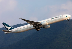 B-KQH Cathay Pacific B773 (twomphotos) Tags: plane spotting hkg vhhh departure rwy25l evening backdrop mountains climbing out cathay pacific boeing b773