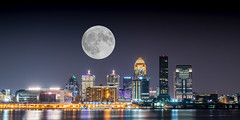 Harvest moon over Louisville (sniggie) Tags: moon kentucky fullmoon citylights louisville harvestmoon waterfront riverfront ohioriver composite 中秋節 肯塔基州