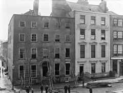 Back to Walsh's on the Mall (National Library of Ireland on The Commons) Tags: ahpoole arthurhenripoole poolecollection glassnegative nationallibraryofireland themall waterford munster thomaswalsh thomaswalshson auctioneers fire ladder
