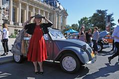 Elégance rétromobile... (jeangrgoire_marin) Tags: vintage citroen deuche elegance classe classy 2cv