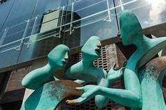 Argument or Discussion? (amirdakkak1) Tags: singapore street streetphoto streetphotography statue art sculpture artphotography singaporean artist streets nikon arts nikonasia nikond810 city cities