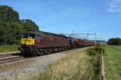 47802. Uffington. 14-09-2019 (*Steve King*) Tags: 47802 west coast railway class 47 6223 duchess of sutherland uffington ecs train diesel steam 5z79 southall bristol