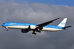 PH-BVC Boeing 777-306(ER) KLM Asia @ Schiphol 13-Sep-2019 by Johan Hetebrij (Balloony Dutchman) Tags: phbvc boeing 777306er klm 777 b777 royal dutch airlines 100 years asia klmasia