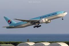 Boeing 777-FB5 HL8251 Korean Air Cargo (msd_aviation) Tags: barcelona barcelonaelprat barcelonaairport take off boeing 777 b777f freighter korean air cargo lebl bcn planespotter spotting