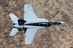 166873 / NH-100 (Ian.Older) Tags: fa18f f18 super hornet vfa154 black knights canyon jedi transition california lowfly usn navy strike fighter squadron nh100 nas lemoore