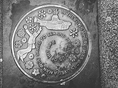 September 17 - #iphoneography #urbanlife #september #latergram #photograph #lovebangor #thebeatles #yellowsubmarine #streetart #atyourfeet (Keith Bloomfield) Tags: ifttt instagram iphoneography