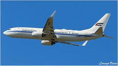 (Sir George R. F. Edwards) Tags: avgeek plane planelover planespotter planespotting aviation aviationspotter aviationspotting airport canon 7dmarkii dubai air wing royal flight boeing 737 738 bbj2