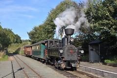 Steam locomotive No. 2 'Zillertal' calls at Castle Caereinion Station with the last train of the day on the W&LLR. (Chuffer Haynes) Tags: steam locomotive no 2 zillertal uclass no2 linz austria mav castle caereinion welshpool llanfair light railway