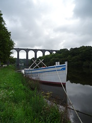 Port-Launay (Breton: Meilh-ar-Wern) (guyfogwill) Tags: guyfogwill guy fogwill france september septembre brittany bretagne finistère brehec républiquefrançaise europe 29 portlaunay meilharwern 29150 2019 vacances paysdechâteaulinetduporzay laulne pennarbed flicker photo interesting absorbing engrossing fascinating riveting gripping compelling compulsive beach water coastline coastal