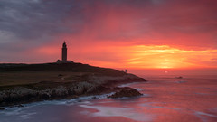Tarde de tormenta (pepe.anacadabra) Tags: 2019 acoruña olympus leefilters pepeanacadabra puestadesol septiembre sunset torredehércules galicia tormenta rojo