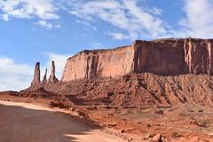 THE THREE SISTERS (SneakinDeacon) Tags: threesisters monumentvalley landscape scenicdrive bucketlist navajonation redrocks