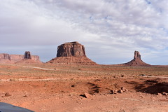 MONUMENT VALLEY (SneakinDeacon) Tags: merrickbutte eastmitten westmitten monumentvalley landscape scenicdrive bucketlist navajonation redrocks