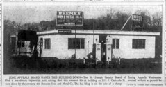 1960 - Ochstein orderd to remove bldg photo - South Bend Tribune - 4 Feb 1960
