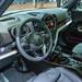 Innenraum des Plug-in-Hybrids von MINI: Countryman Cooper SE All4, Lederpolster und E-Instrument