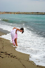 Big wave (Dumby) Tags: portrait goldensands bulgria girl blacksea beach mareaneagră travel action