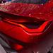 Glänzend rote Lackierung und Kofferraum des  BMW Concept 4 Sportwagens