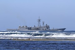 HMAS Melbourne departs for the last time. #1 (Daffy Wallace) Tags: hmas melbourne hmasmelbourne ffg ran navy frigate